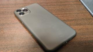 TozoのiPhoneケース